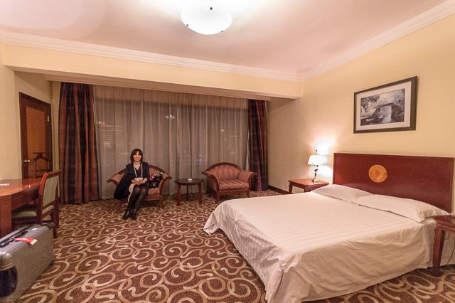 左手のドアを開けると隣の部屋@上海