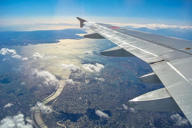 ANA北京便から東京湾を望む