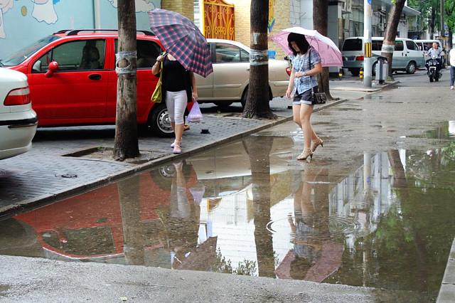 ここも水たまりが@北京